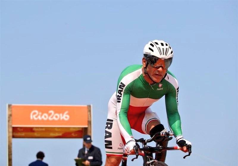 Bahman-Golbarnezhad-ciclismo-paralimpiadi-rio-2016-foto-twitter-comitato-olimpico-iran.jpg