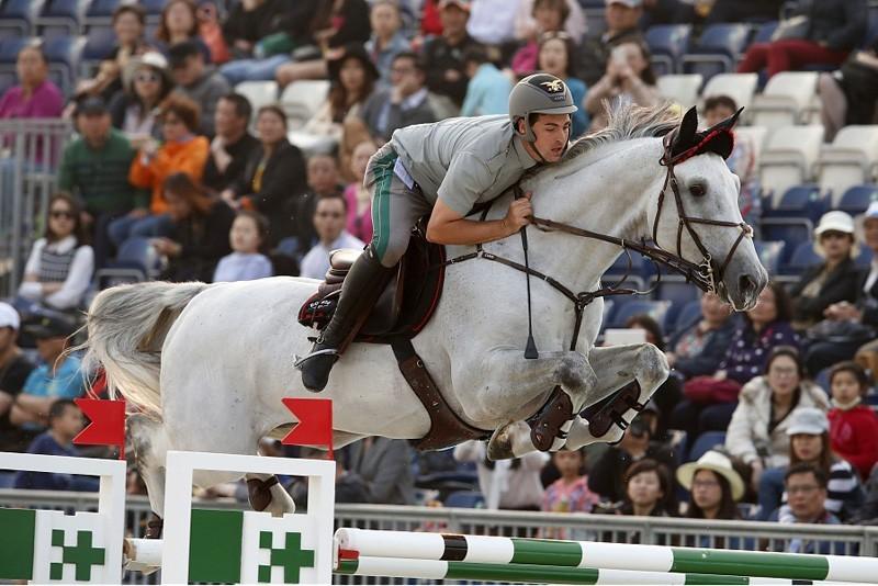 Equitazione-Emanuele-Gaudiano-GCT.jpg