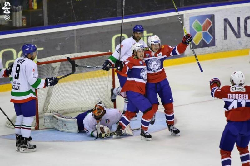 Italia-norvegia-preolimpico-hockey-ghiaccio-oslo-2016-foto-carola-semino-per-OA-3.jpg
