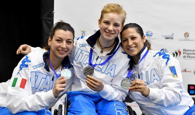 Loredana-Trigilia-Beatrice-Vio-Andreea-Mogos-fioretto-femminile-a-squadre-scherma-paralimpica-foto-augusto-bizzi-federscherma.jpg