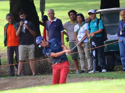Golf, European Tour 2019: Louis de Jager sorprende tutti nel primo giro del Portugal Masters, un ottimo Paratore è quinto
