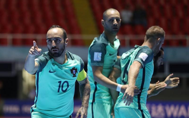 Ricardinho-portogallo-calcio-a-5-mondiali-foto-facebook-fifa-futsal-world-cup.jpg