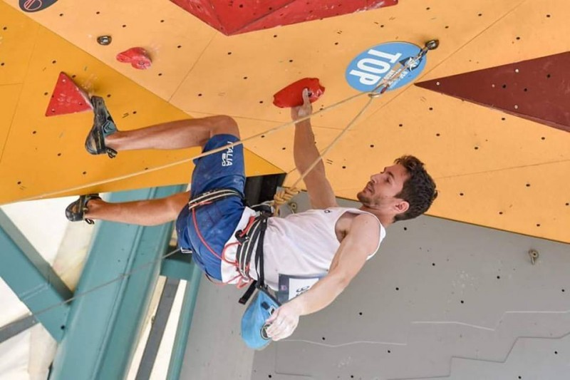 arrampicata-stefano-ghisolfi-pagina-fb-ghisolfi.jpg