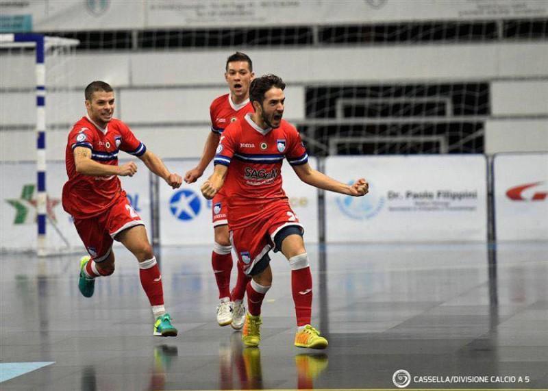 Alvise-Tenderini-calcio-a-5-pescara-foto-cassella-divisione-calcio-a-5.jpg