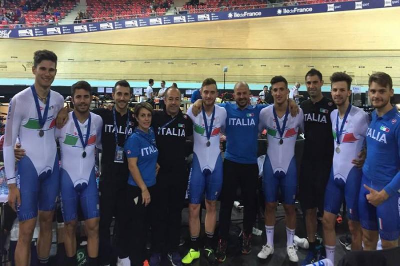 Ciclismo-su-pista-Italia-libera.jpg