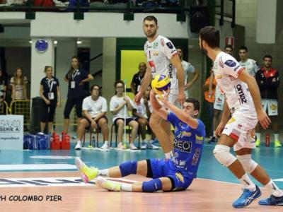 Volley, SuperLega – Il caso Pesaresi-Grebennikov: Civitanova, il libero straniero e il francese di banda