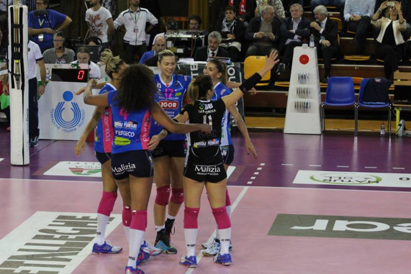 Novara-volley-f-gruppo.jpg