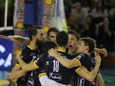 Volley, SuperLega – Terza giornata: Trento anticipa per il Mondiale, Modena derby a Ravenna, Perugia facile