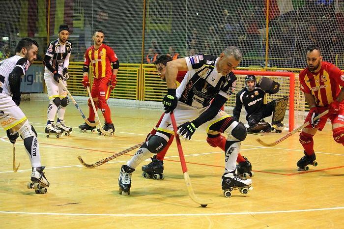 Viareggio_Lodi_Hockey-pista_Vanelli.jpg