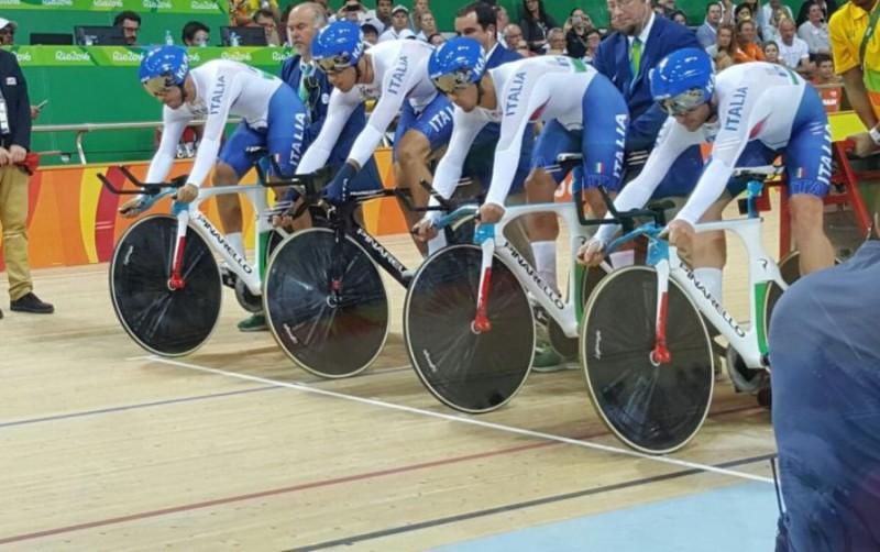 ciclismo-quartetto-twitter-filippo-ganna.jpg