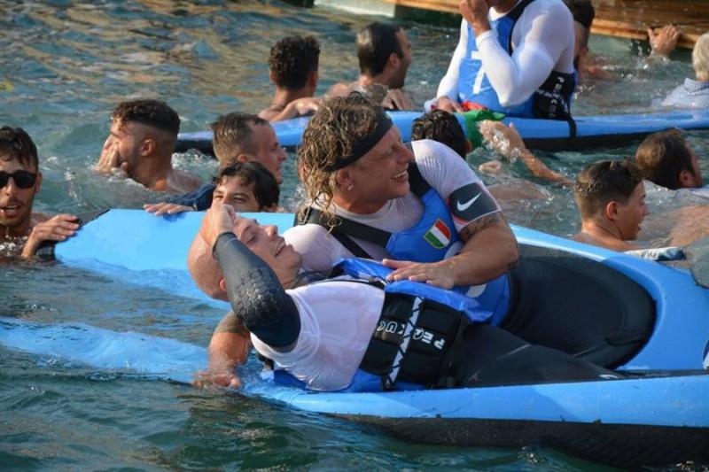 Bellini-canoa-polo.jpg