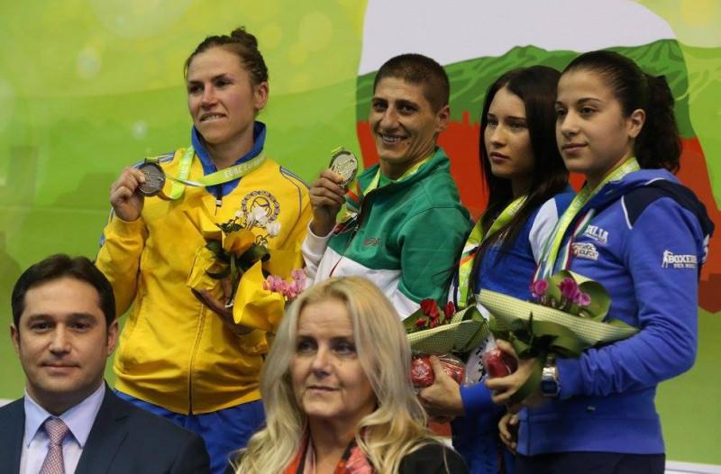 Boxe-Sevda-Asenova-Stephanie-Silva-FPI.jpg