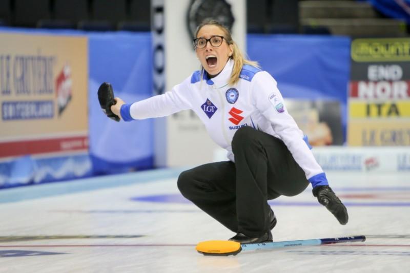 Curling-Federica-Apollonio-WCF2.jpg