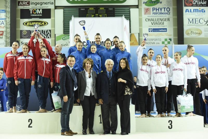ginnastica-ritmica-premiazione-Padova.jpg