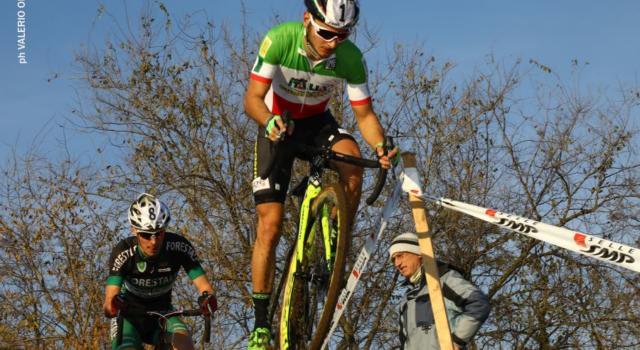 Ciclocross, Coppa del Mondo Namur 2016: sfortuna Bertolini, Fontana 4^ tra gli Junior