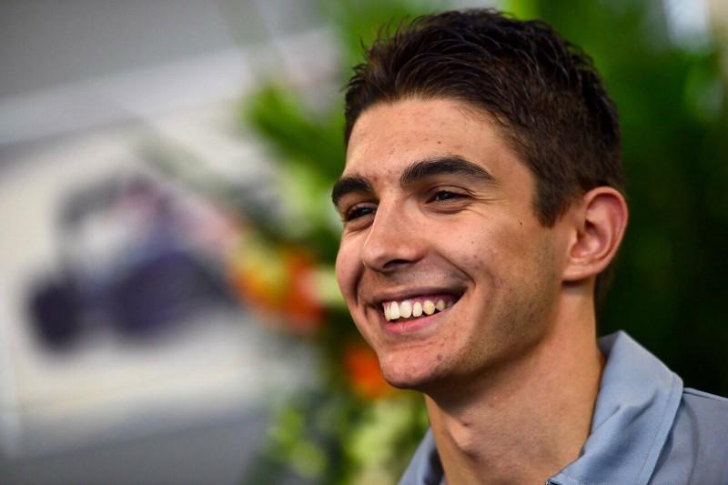 Formula1-Esteban-Ocon-Fans-FB.jpg