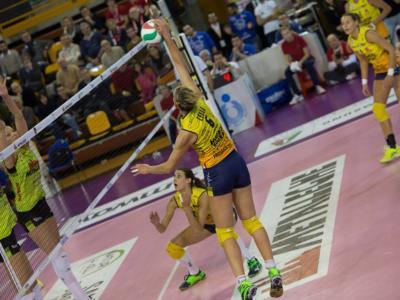 Volley femminile, Serie A1 – Ottava giornata: crollo Busto Arsizio, Bergamo rimonta il Club Italia e tiene la testa! Conegliano risponde