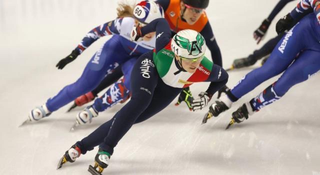 LIVE – Short Track, Mondiali Rotterdam 2017 in DIRETTA: l'Olanda trionfa nella staffetta maschile, l'Italia chiude a mani vuote