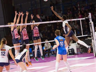 Volley femminile, Serie A1 – Casalmaggiore abbatte il Club Italia e torna in testa! Show Fabris, non basta Egonu