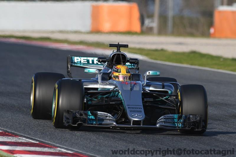 Hamilton-2-Mercedes-FotoCattagni.jpg