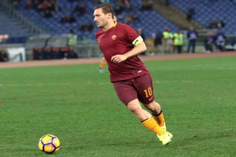 Roma, Nainggolan verso l'addio: il Chelsea prepara 50 milioni di euro