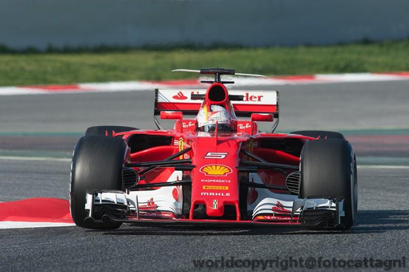 Vettel-2-Ferrari-FotoCattagni.jpg