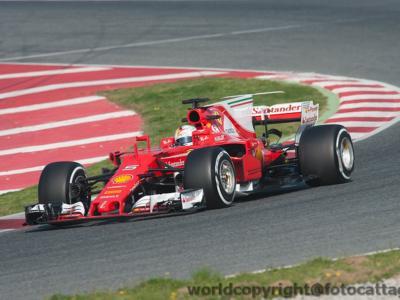 F1, GP Bahrain 2017: il tracciato di Sakhir, con i suoi lunghi rettilinei e brusche frenate, favorirà Ferrari o Mercedes?