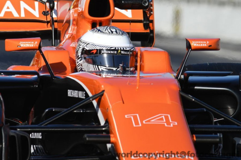 Indy 500: Alonso out a 21 giri dalla fine, vince Sato!