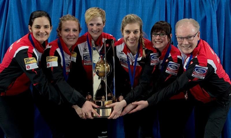Curling-Svizzera-Binia-Feltscher-WCF.jpg