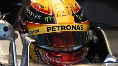 """F1, GP Azerbaijan 2017 – Lewis Hamilton: """"Sebastian Vettel, non è la condotta di un quattro volte campione del mondo"""""""
