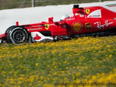 F1, analisi prove libere GP Bahrain 2017: la Ferrari fa segnare i migliori tempi ma si ferma due volte, la Mercedes vola sul passo gara, risale la Red Bull