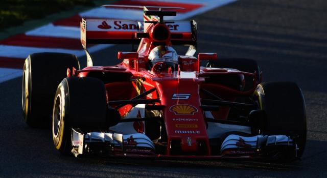 LIVE – F1, Qualifiche GP Russia 2017 in DIRETTA: FERRARIIIIIIII! PRIMA FILA TUTTA ROSSA! Vettel-Raikkonen battono le Mercedes