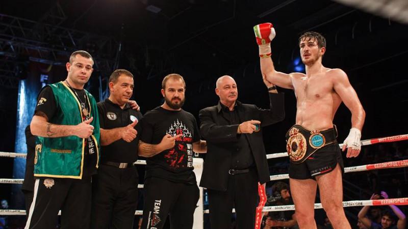Muay Thai, Gabriele Casella è CAMPIONE DEL MONDO! Italia in trionfo, Smithen si arrende