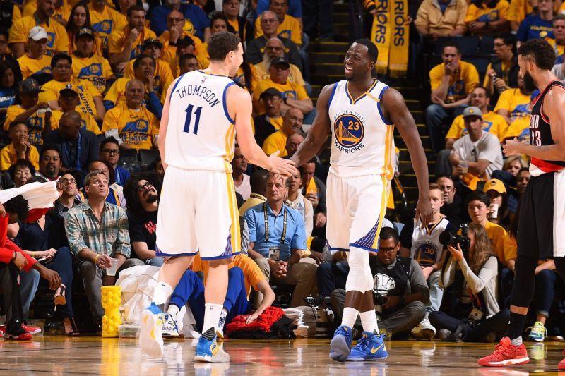 Golden-State-Warriors-Basket-NBA-Twitter-NBA.jpg
