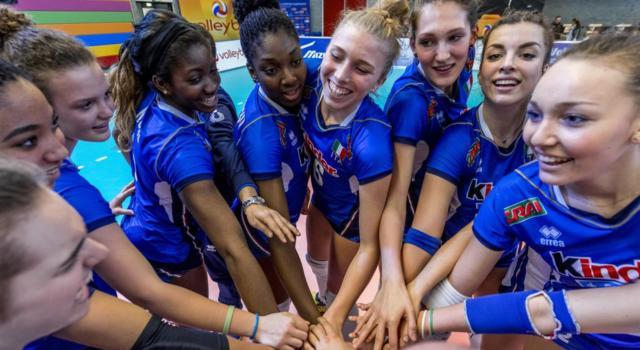 Volley femminile, Europei U18 – L'Italia piange in Finale, la maledizione continua: la Russia trionfa al tie-break, argento per Enweonwu e compagne
