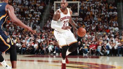 Basket, la FIBA si adegua all'NBA: cambia la regola dell'infrazione di passi