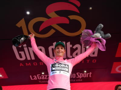 Giro d'Italia 2017: le pagelle della prima tappa. Postlberger beffa i velocisti, Ewan il migliore dei battuti