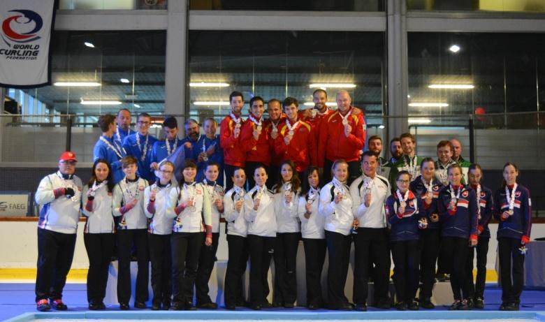 Curling-Europei-C-WCF.jpg