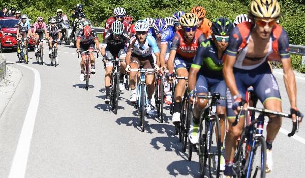 LIVE – Giro d'Italia 2017 in DIRETTA: Pinot vince in volata, 3° Nibali. Cronometro decisiva domani!
