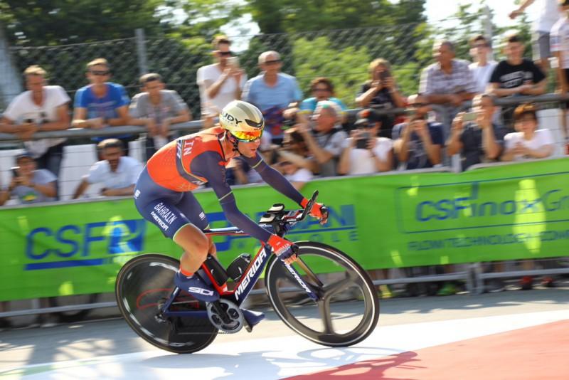 Campionato italiano Prof: un Aru spettacolare si veste di tricolore