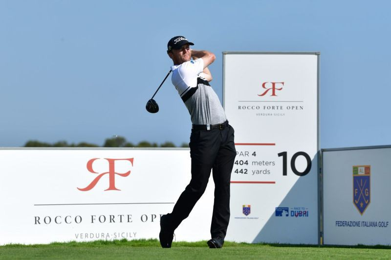 Michael-Hoey-Golf-Twitter-European-Tour.jpg