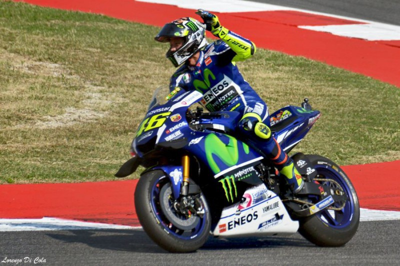 Rossi-Valentino-3-Lorenzo-Di-Cola.jpg