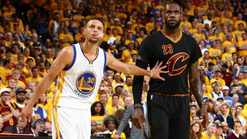 Steph-Curry-LeBron-James-Basket-Twitter-NBA.jpg
