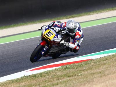 Moto3, GP Catalogna 2017 – Prove libere 1: Romano Fenati vola su pista umida, Marco Bezzecchi sorprende in terza piazza