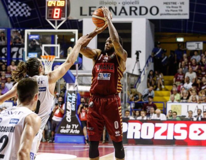 Basket, finale Serie A: Urrà Venezia! Trento ko all'ultimo respiro