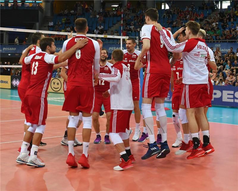 Polonia-volley.jpg