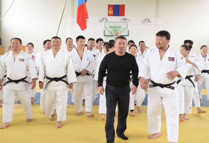 Judo-Khaltmaa-Battulga.jpg