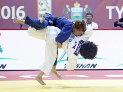 Judo, Mondiali 2017: finale tutta giapponese, Ai Shishime trionfa tra le 52 kg. Majlinda Kelmendi fuori dal podio!