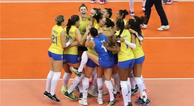 Volley femminile, Grand Prix 2017 – Final Six: il Brasile batte l'Olanda, Cina in semifinale e oranjes a rischio. Italia e Serbia tra le quattro grandi!