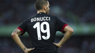 LIVE Milan-Shkëndija, Playoff Europa League 2017-2018 in DIRETTA: San Siro è pronto a riaccendersi per sostenere i rossoneri. Montella con Bonucci dall'inizio